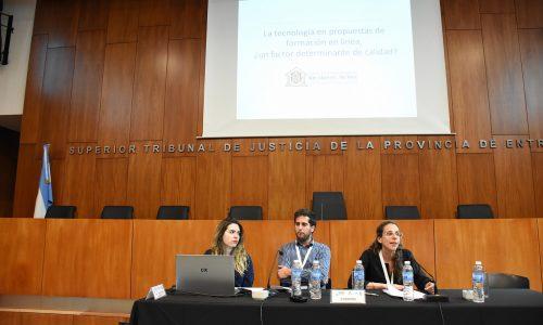 Cordoba – LA TECNOLOGIA EN PROPUESTAS DE FORMACION EN LINEA: UN FACTOR DETERMINANTE DE LA CALIDAD