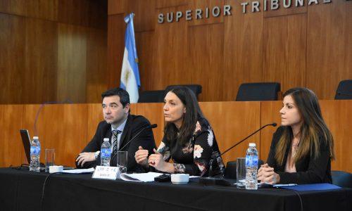 """Santa Fe – """"El uso de TICs en el servicio de justicia y capacitación del Poder Judicial de la provincia de Santa Fe"""""""